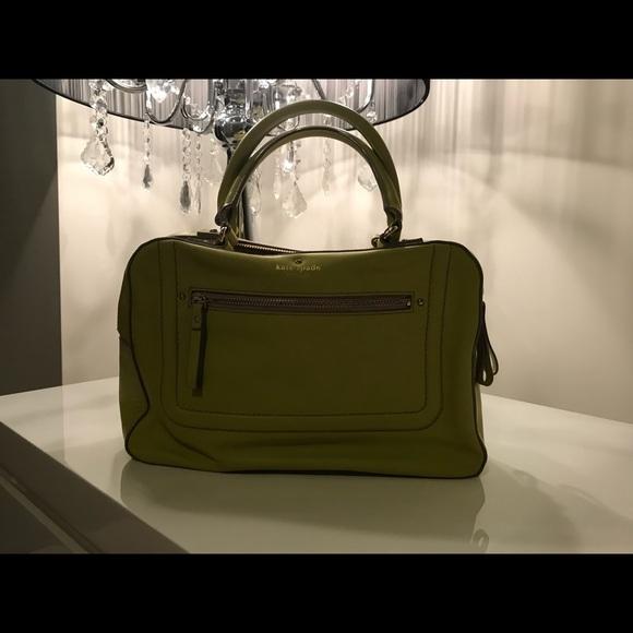 kate spade Handbags - Kate Spade Handle Bag